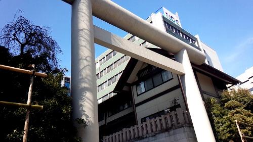 東京都港区芝大門にある芝神明神社の鳥居
